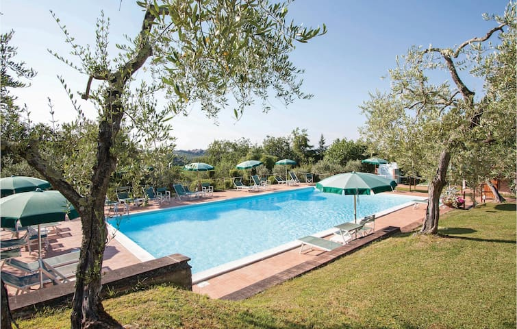 Holiday apartment with 2 bedrooms on 150 m² in Tavarnelle V.P. FI