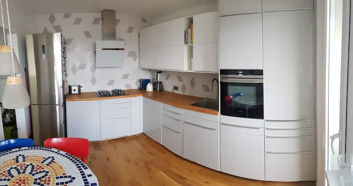 Bratislava comfortable apartment with parking
