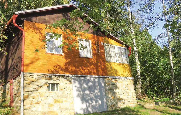 Holiday cottage with 2 bedrooms on 40m² in Stitary