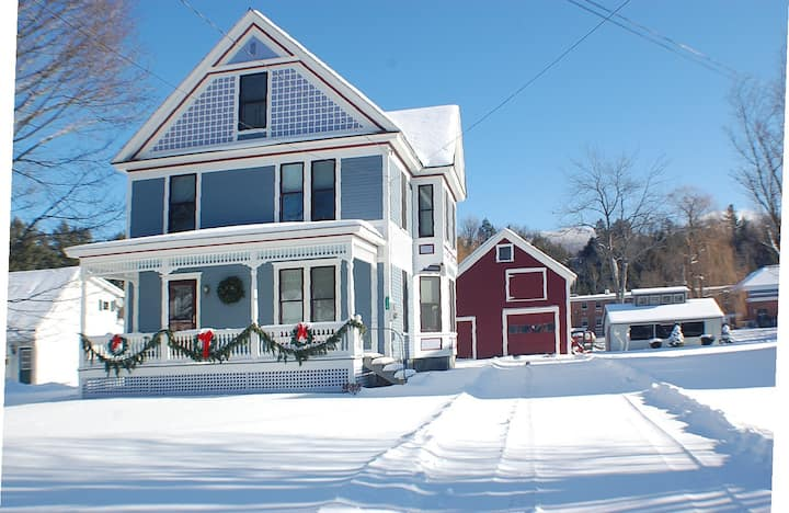 Jeffersonville/Smuggler's Notch Vt Victorian House