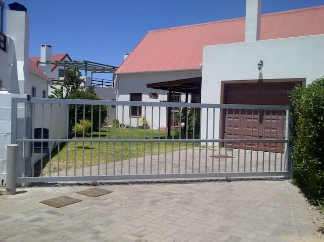 Langebaan Holiday House