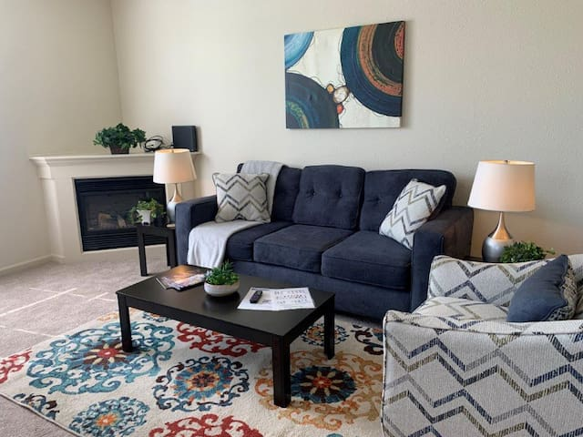 【【 Charming 2 Bed in Noblesville 】】