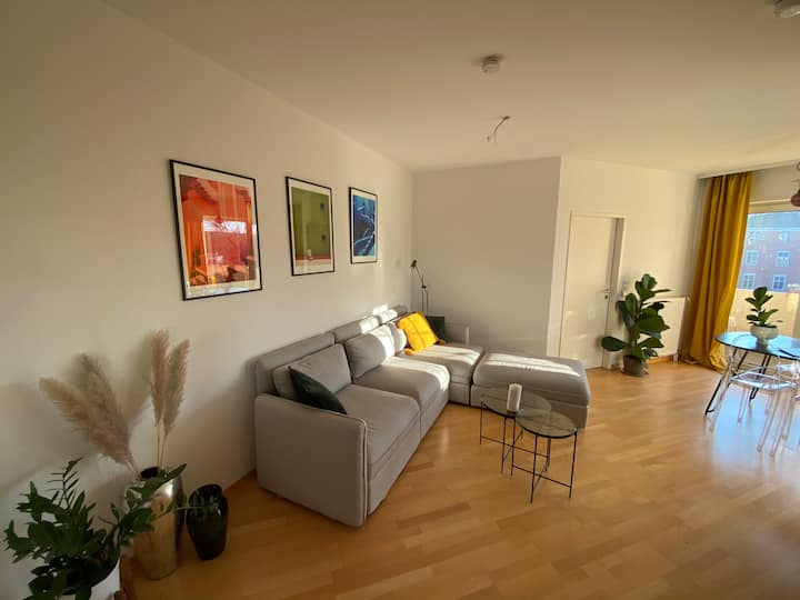 minimalistic  2-Bedroom-apartment in the center!