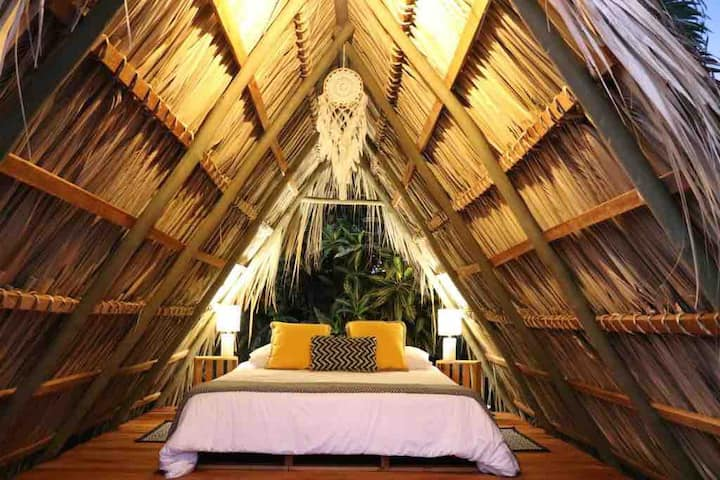 *1 ARENAL TRIBÜ- Eco glamping Downtown Fortuna*