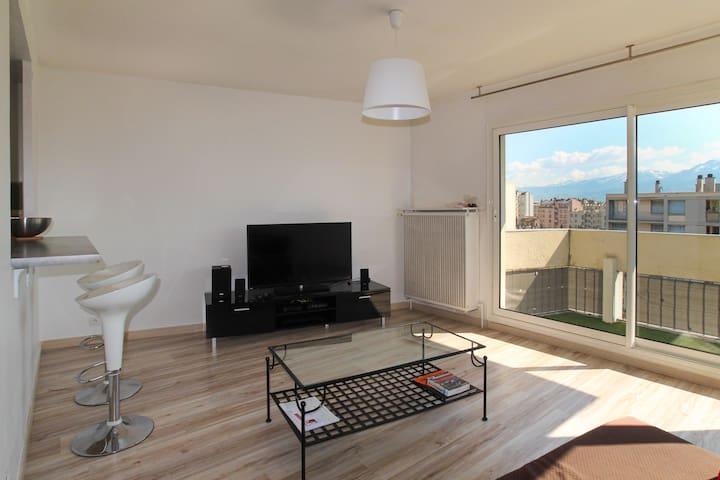 T2 lumineux et calme de 44m² face aux Alpes - Grenoble - Apartmen