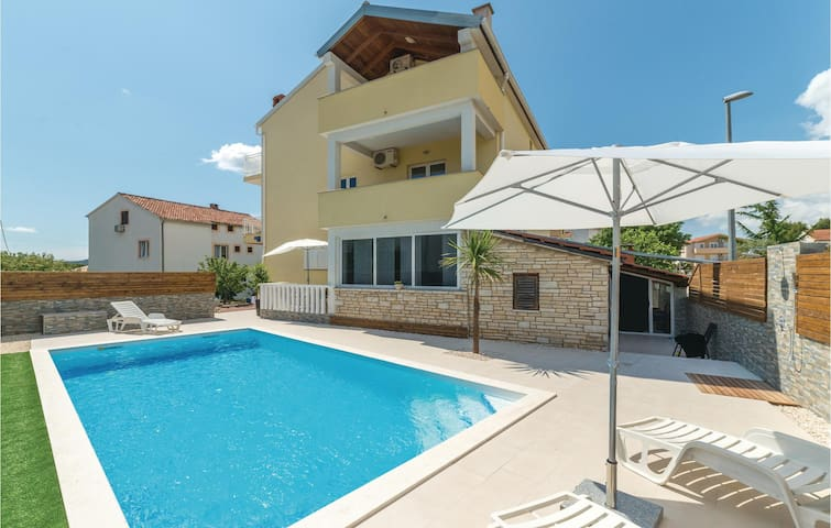 Holiday apartment with 1 room on 19 m² in Biograd