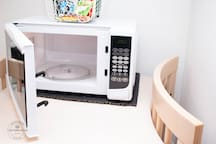 Microwave, toaster and kettle for that quick snack with tea and coffee supplied
