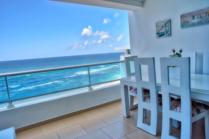 Stunning Oceanfront Two Bedrooms Apartment