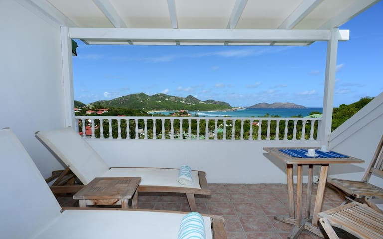 Walk to the Beach, Part of an Upscale Duplex Property, Large Common Pool and Terrace
