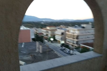 SPACIOUS Flat 110sq near Athens Airport, nice view - Markopoulo Mesogeas - Appartement