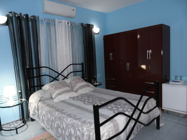 Hostal Billy's House, Double Room. Cuba