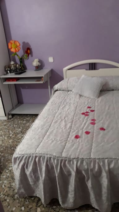 Bigger  Single bed  ( could sleep two persons)