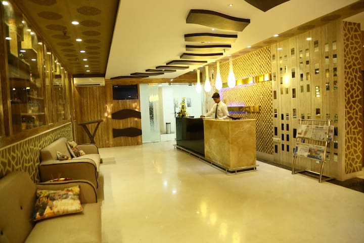 GROUP STAY WITH PRIVACY !!!!!!!!!!! - Kolkata - Appartement