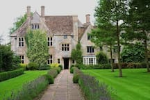 Beautiful Avebury Manor. Now owned by the national trust. Each room displays a different time period. Very hands on. Lie on the Elizabethan herb bed, try on gowns, sit in Art deco lounge.