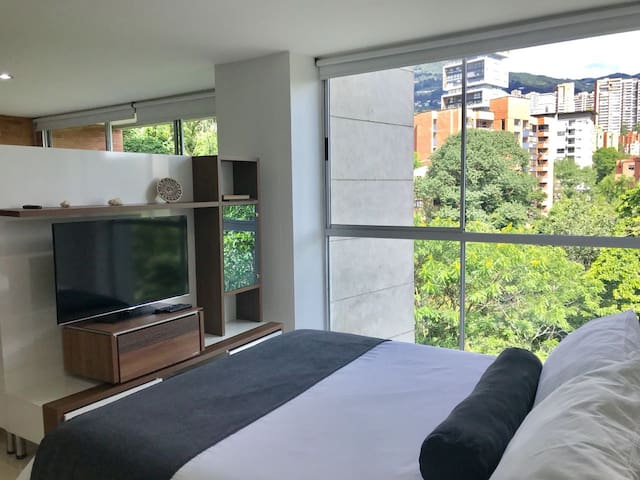 Blux #506 Comfortable/Best Location/Balcony-Views!