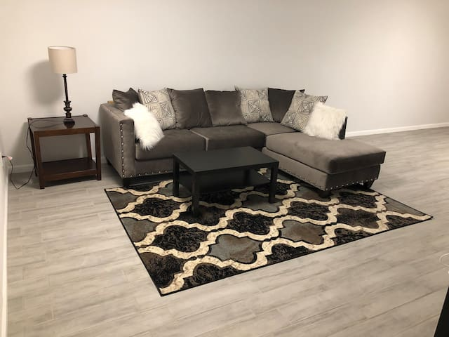 2 bedroom private basement apt with kitchen