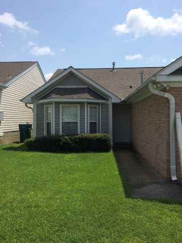 House for rent on weekends - Tuscaloosa - Hus