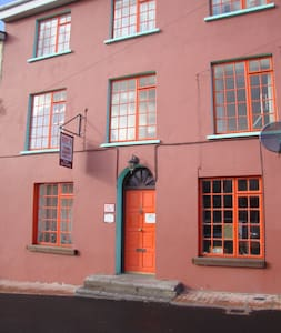 Joys Accommodation   Family Studio - Kinsale - Townhouse