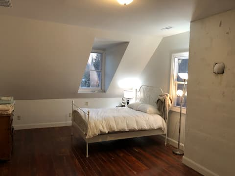 Large Bedroom In Renovated Victorian Mansion