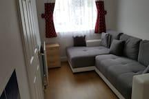 Double sofa bed (en-suite) in Great Kingshill