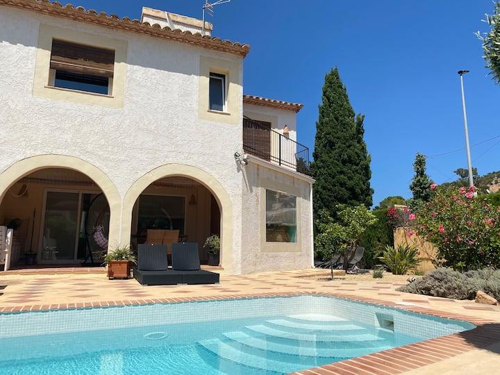 Sunny Mediterranean family villa in Albir.