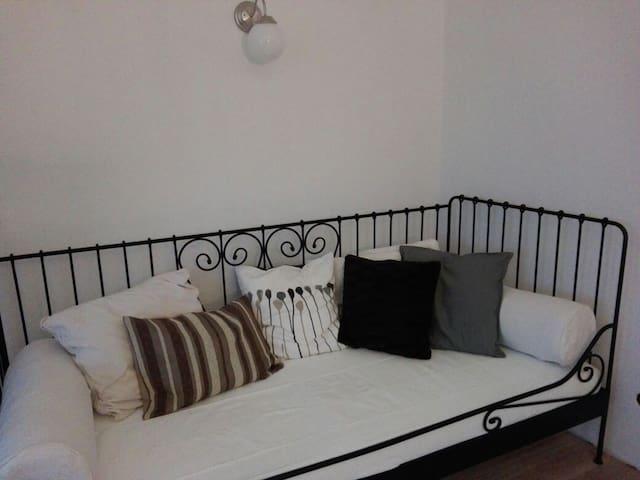 zusätzliches Bett bzw. Sofa