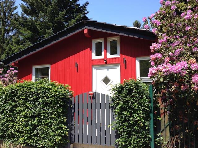 Unser neuerbautes Ferienhaus im idyllischen Rurtal - Simmerath - Hus