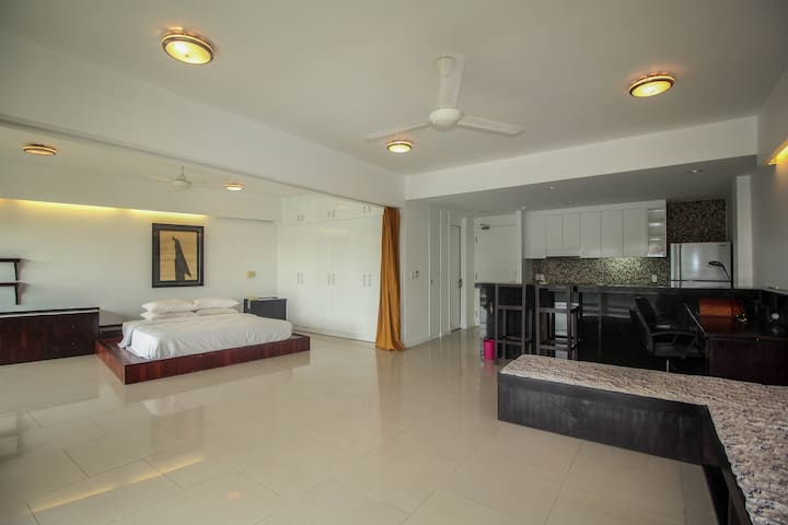 Modern, Luxury Apartment in Downtown Siem Reap