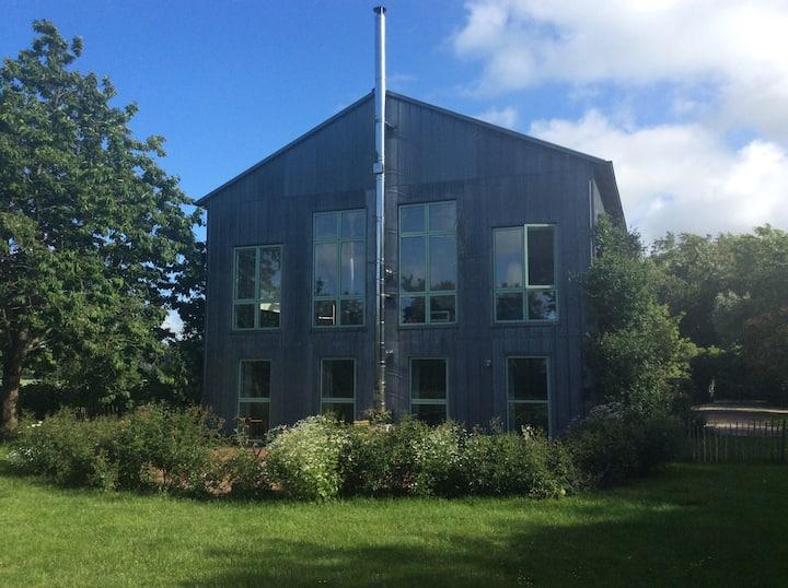 Nordsee Kunst/ Wohnung im künstlerischen Ambiente