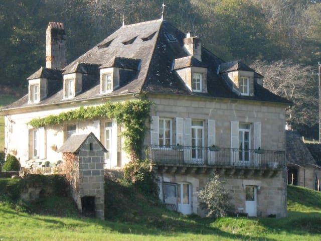 Beautiful character home,  near the  Dordogne/Lot. - Noailles - Casa