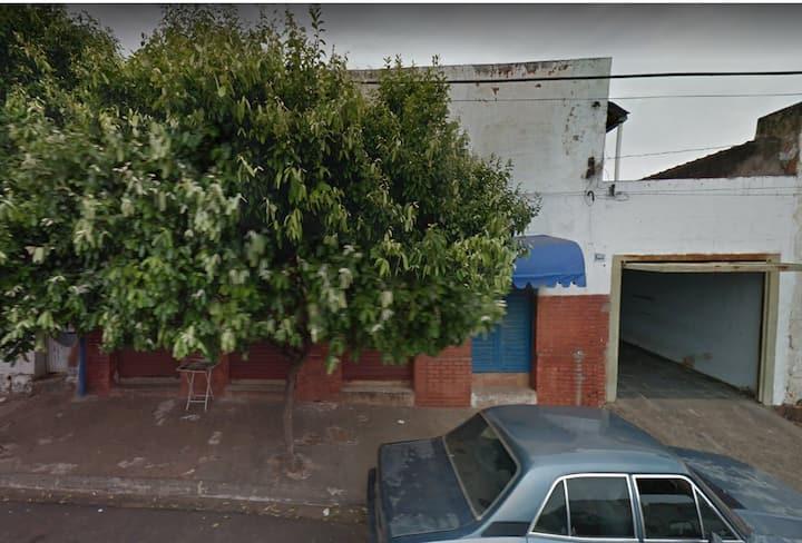 Ampla Casa Sistema Compartilhado em Fernandópolis