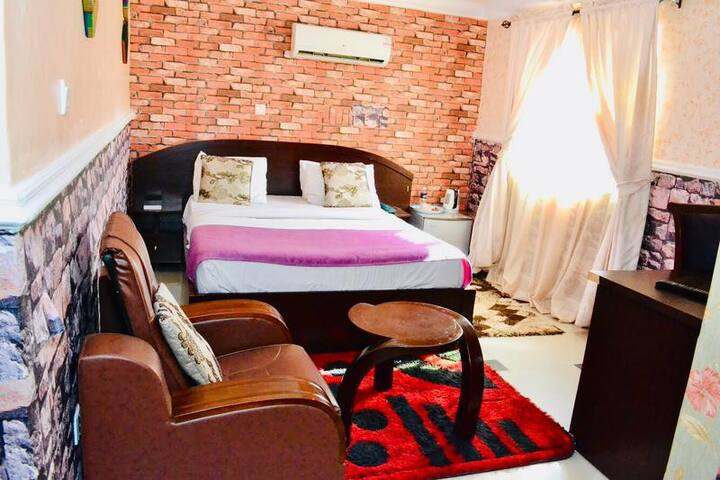 Limoh Suites - Executive Room
