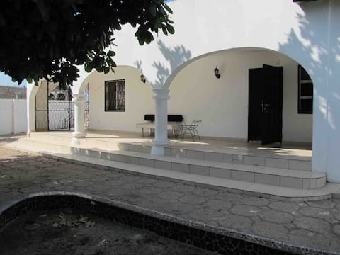 Lovely Spacious, 2 Bedroom Bungalow in Salagi