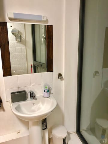 All mod cons in this spacious Bathroom
