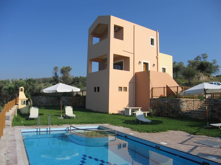 great villa and location