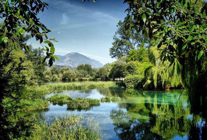 nelle vicinanze: il lago di Posta Fibreno