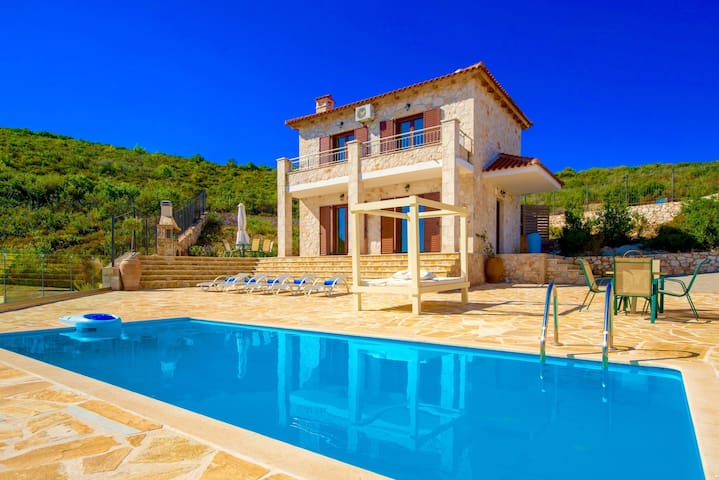 Villa Deluxe III with private pool