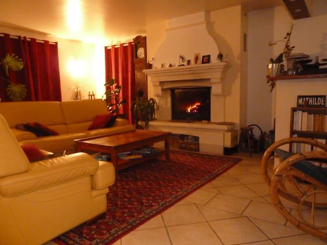 Vaste maison dans le Champsaur - Chabottes - House