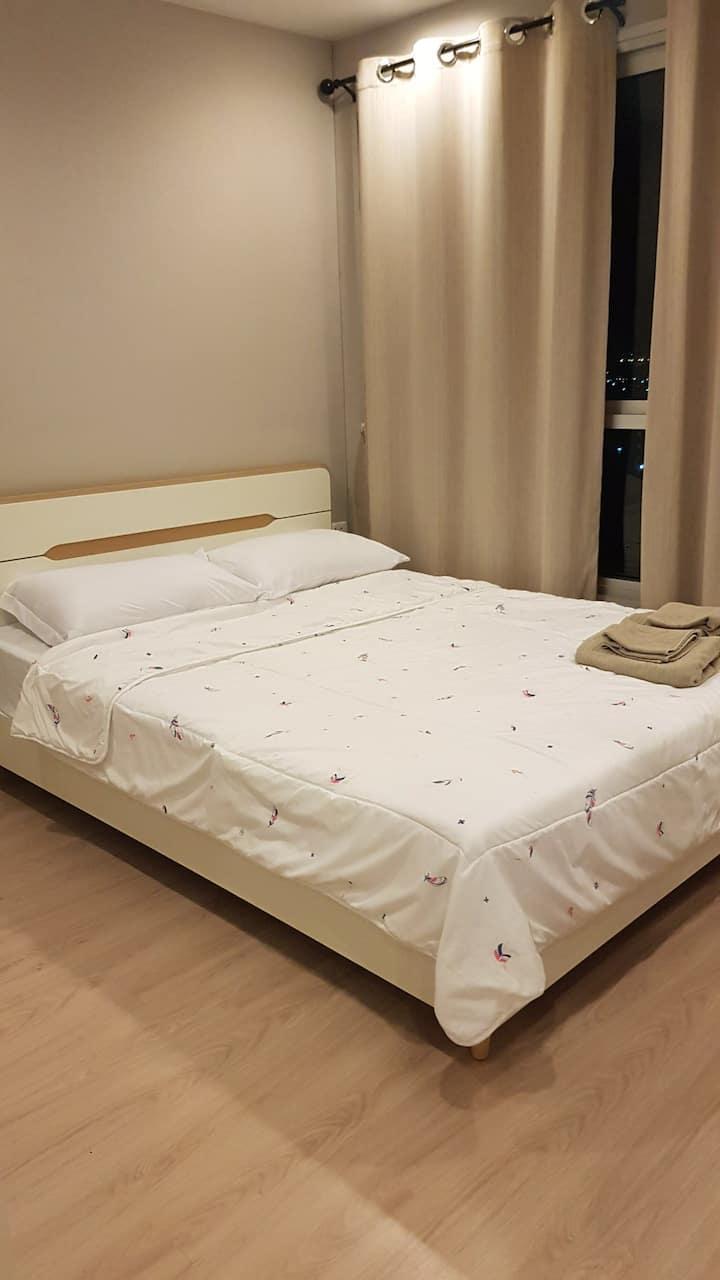 1 Bedroom * best location * close to MRT