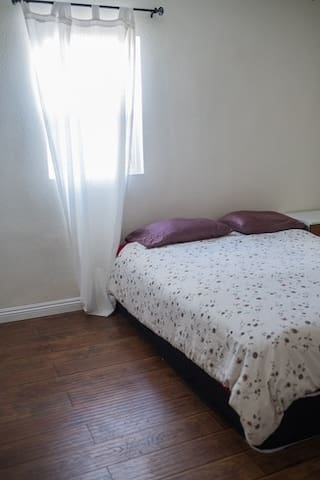 Very central private room1 in LA - Los Angeles - Bed & Breakfast