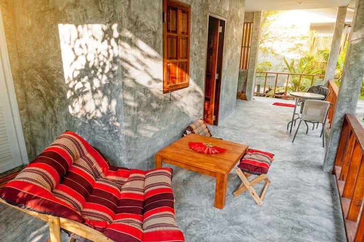 Tarah's House @Phangan Residence in Sri Thanu - Ko Pha-ngan - Hus
