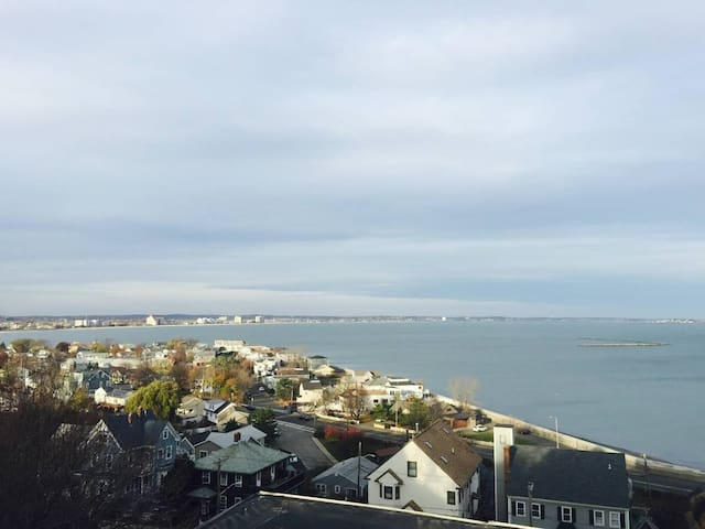 Oceanview apartment2L 10 minutes to Boston/airport