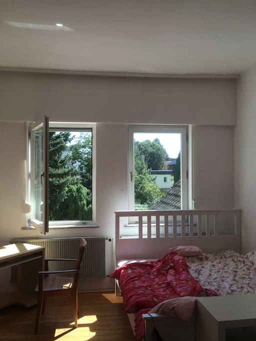 26 qm-Zimmer mit Doppelbett