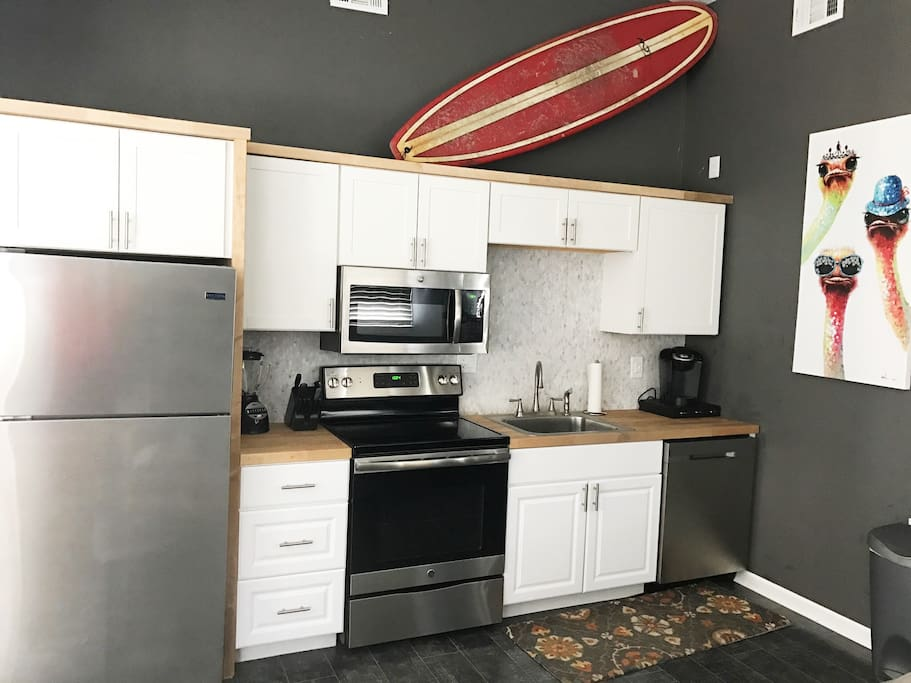 You have a fridge to keep all your fresh seafood in!  Along with a full sized stove, oven, dishwasher and microwave!  There is also a Keurig for coffee, a blender and anything else you may need.