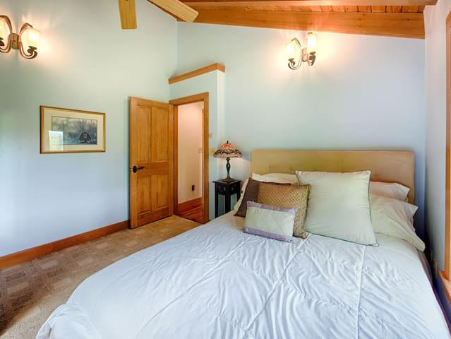 Bedroom #5. Queen bed, main floor.