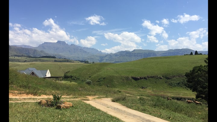 Dragon View Estate, Central Drakensberg