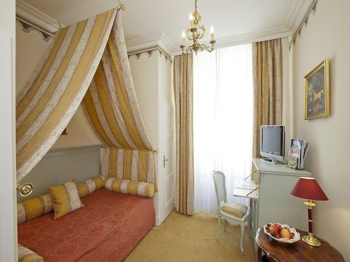 """Hotel """"Der Kleine Prinz"""", (Baden-Baden), Einzelzimmer"""