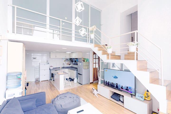 市中心 宽窄巷子 loft公寓小房间 适合独自或结伴的您 - Chengdu Shi - Daire