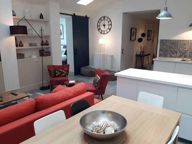 New Loft trendy, quiet and spacious (100sqm)