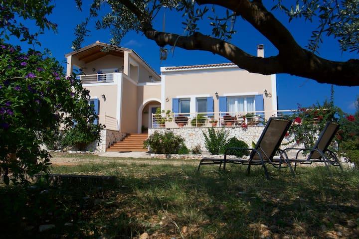 Anatoli Spacious villa near Agia Efimia & Myrtos